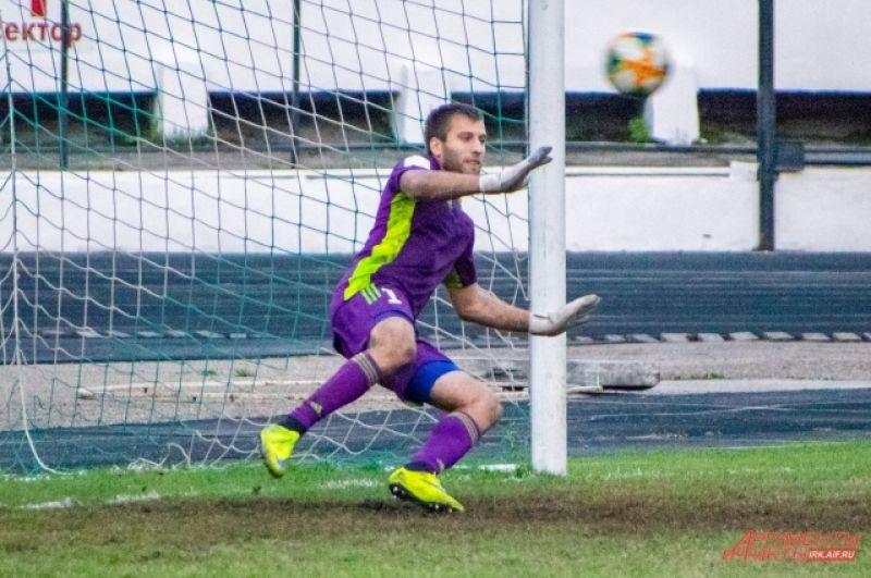 «Зенит», к радости болельщиков, выиграл со счётом 4:3.