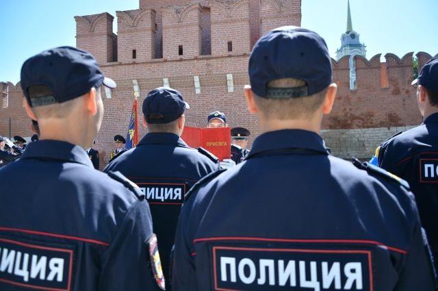 Сейчас против жулика возбудили уголовное дело по части 1 статьи 161 УК РФ «Грабеж».