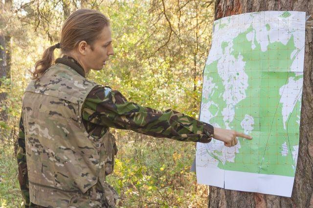 Поисковая операция одного человека даже в небольшом лесу потребует много часов работы спасателей и волонтёров.