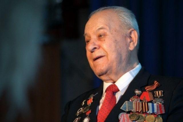 В Оренбуржье скончался ветеран Великой Отечественной войны Алексей Васильевич Агапов.