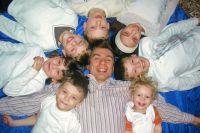 Растить детей для Моисеенко - радость.