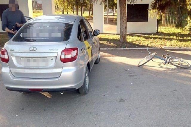 После ДТП с такси в Башкирии госпитализирован велосипедист
