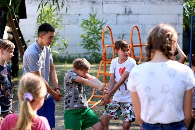 На отборочных этапах педагоги старались при помощи игр определить, есть ли у кого-то из детей актёрские данные.