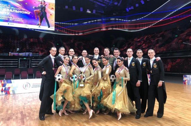 Тюменские танцоры завоевали золото и серебро на чемпионате России