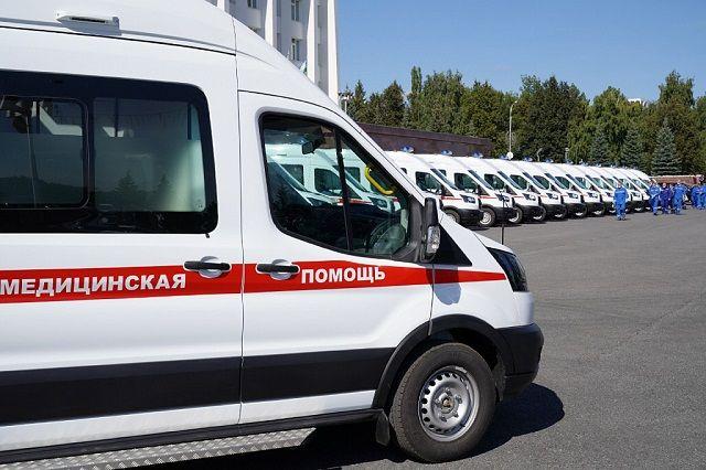 Три медучреждения Башкирии получили 21 автомобиль скорой помощи