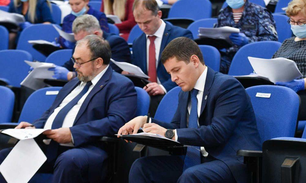 Дмитрий Артюхов пишет Диктант Победы
