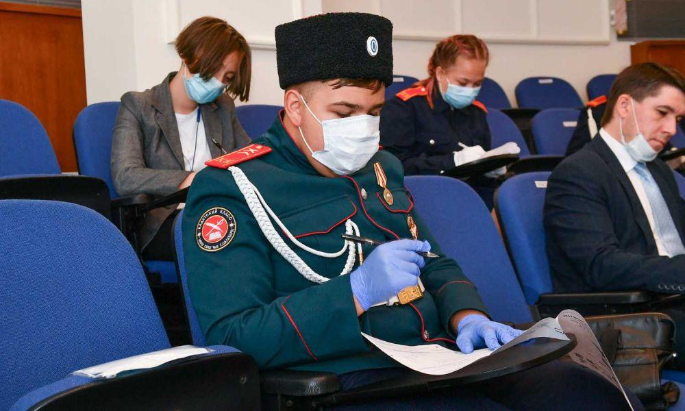 Ямальцы пишут Диктант Победы