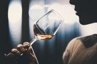 Частоту употребления алкоголя можно определить по волосам.