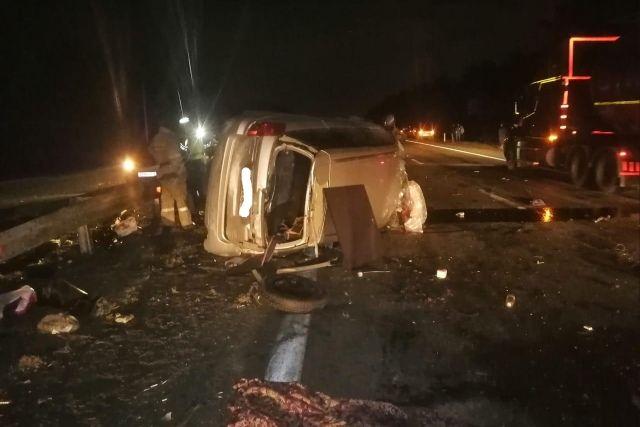 Водитель и пассажир Subaru погибли в ДТП на трассе М-5 под Челябинском
