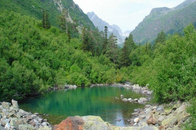 Основными мероприятиями по возрождению малых рек является их расчистка, реконструкция гидротехнических сооружений и обустройство прибрежных полос.
