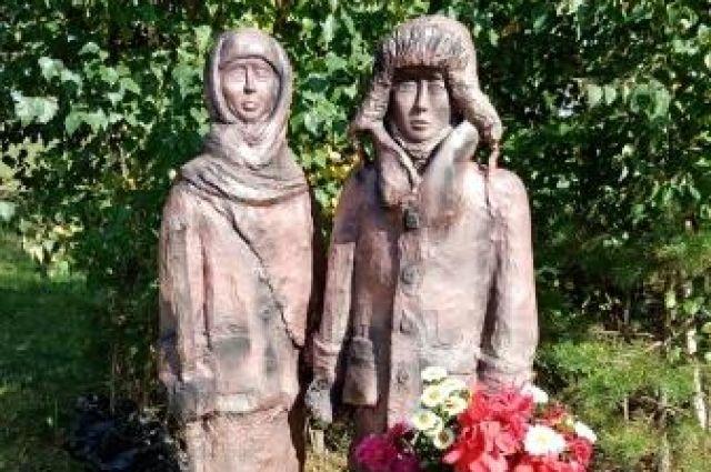 В Тюменском районе открыли памятник детям войны