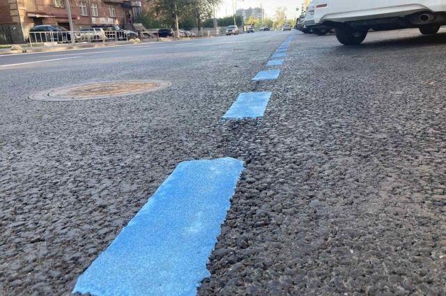 В Тюмени синей разметкой разграничат платные парковки