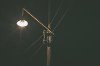 В Тюмени оперативно ремонтируют дорожное освещение