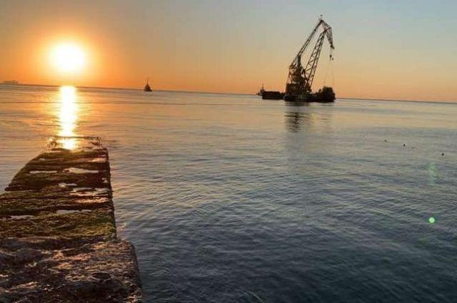 Затонувший танкер «Delfi» забрали с пляжа Одессы.