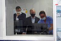 Центр современной кардиологии, построенный в Шарыпове, посетил губернатор.