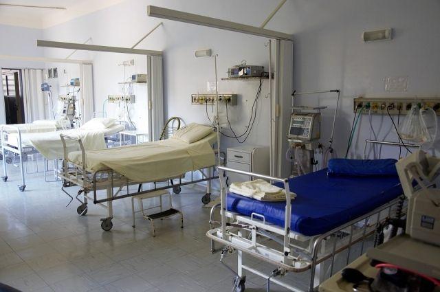 В Петербурге готовятся увеличить коечный фонд для пациентов с COVID-19