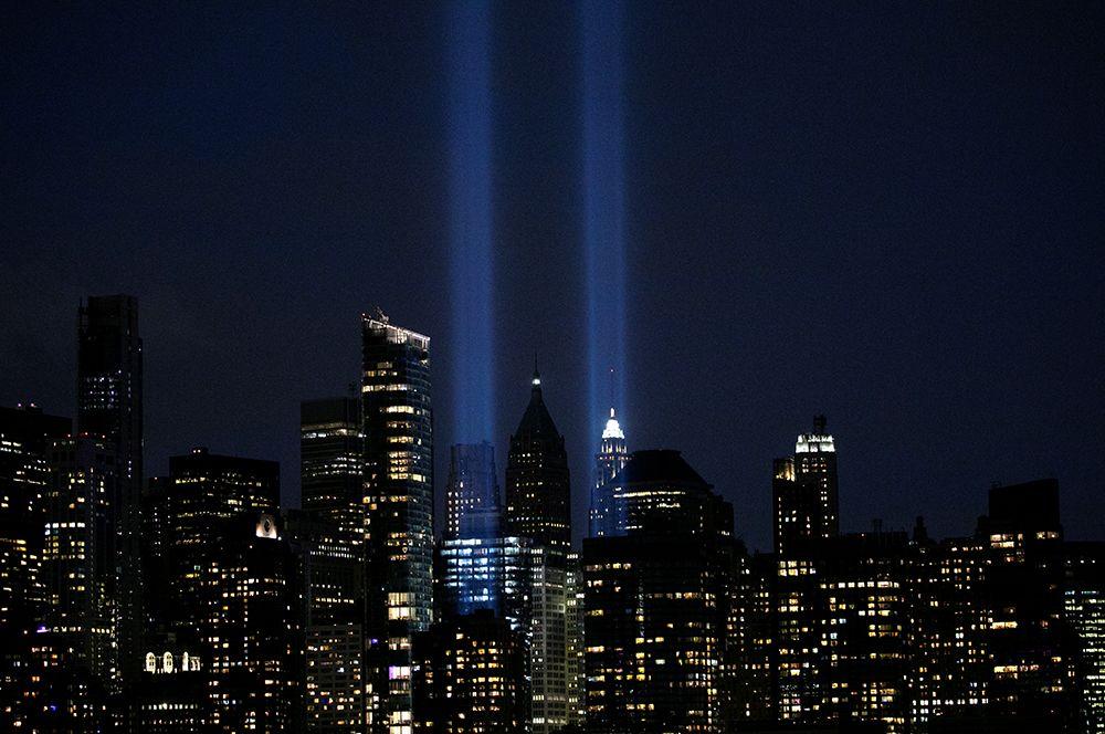 Инсталляция Tribute in Light на Манхеттене.