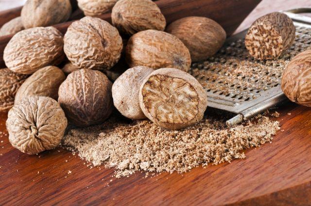 Мускатный орех: состав, польза и противопоказания