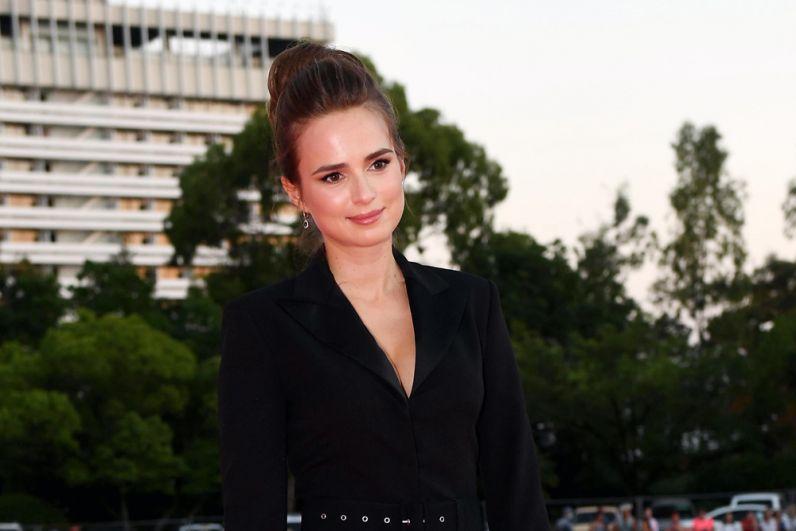 Актриса Соня Карпунина.