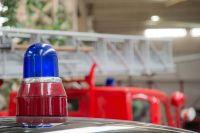 Ночью в Оренбуржье 13 пожарных тушили загоревшийся жилой.