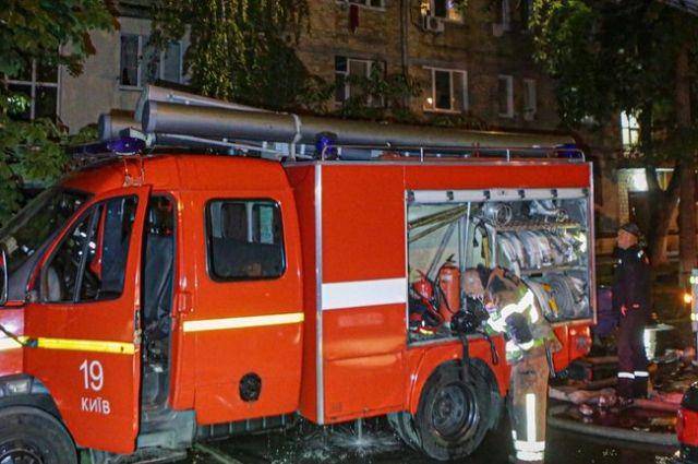 В Киеве в Деснянском районе во время пожара погибла женщина