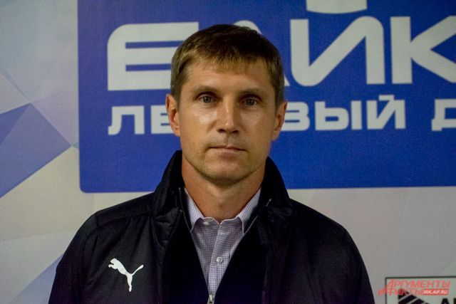 Евгений Хвалько - тренер ХК