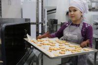 Азы кондитерского мастерства, декорирования хлеба и булочек, маникюра и другие специальности можно освоить всего за пару месяцев.