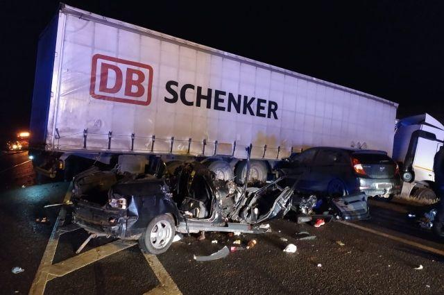 6 погибших: ночное ДТП в Алнашском районе