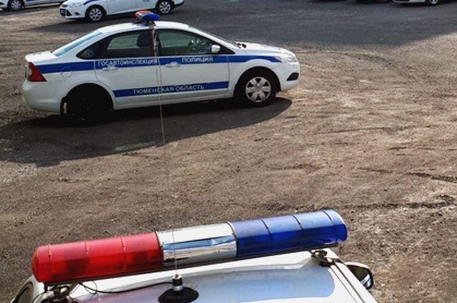 В Тюменском районе задержали водителя иномарки без номеров