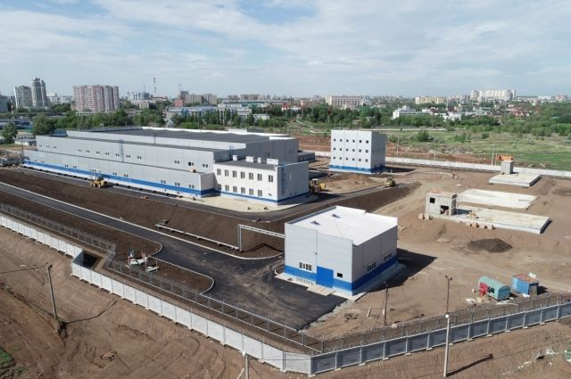 Такой вид открывается сверху на один из важнейших объектов - Южно-Уральский водозабор.