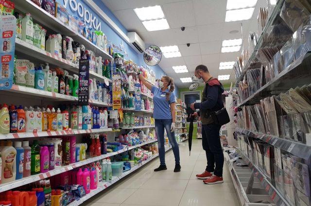 Носить средства защиты в магазине – это ответственность за здоровье своё и окружающих.