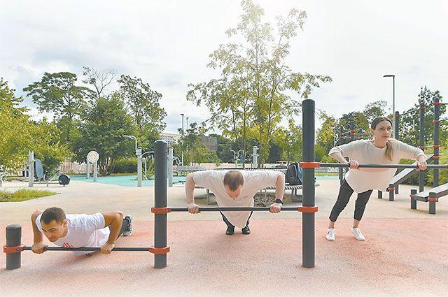 «Спортивные выходные» в парках столицы будут с нами каждые субботу и воскресенье до 11 октября.