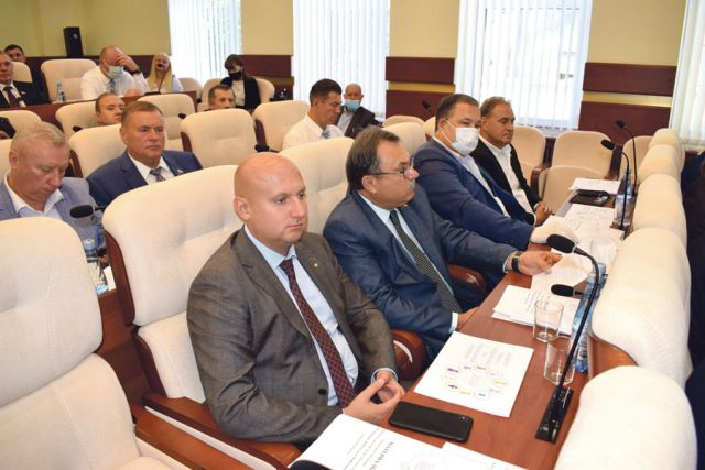 Депутаты единогласно проголосовали за дополнительные полномочия по введению мер безопасности в регионе.