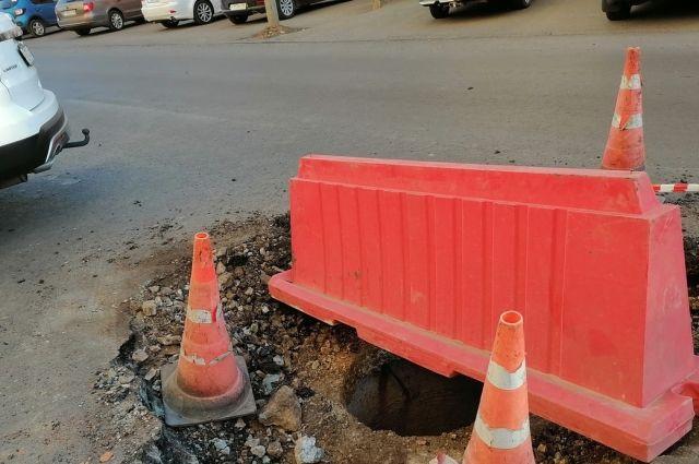 Откусили кусок не по зубам? В Оренбурге подрядчики не справляются с объемами дорожных работ.