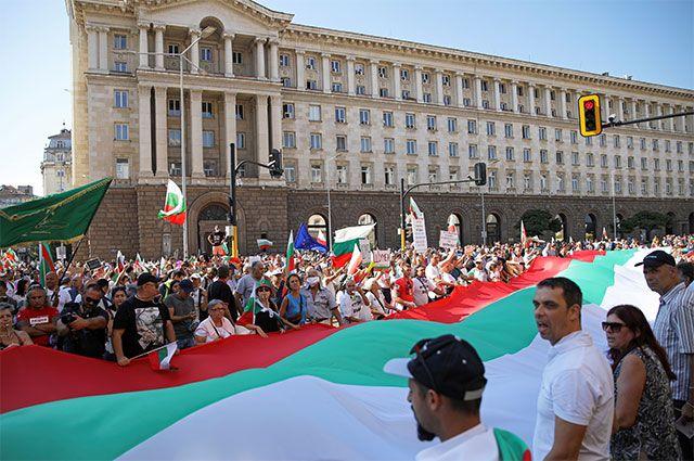 Антиправительственная демонстрация в Софии, Болгария, 10 сентября 2020 года.