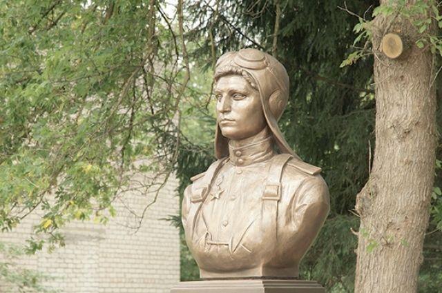 Екатерина Буданова - уроженка Вяземского района.