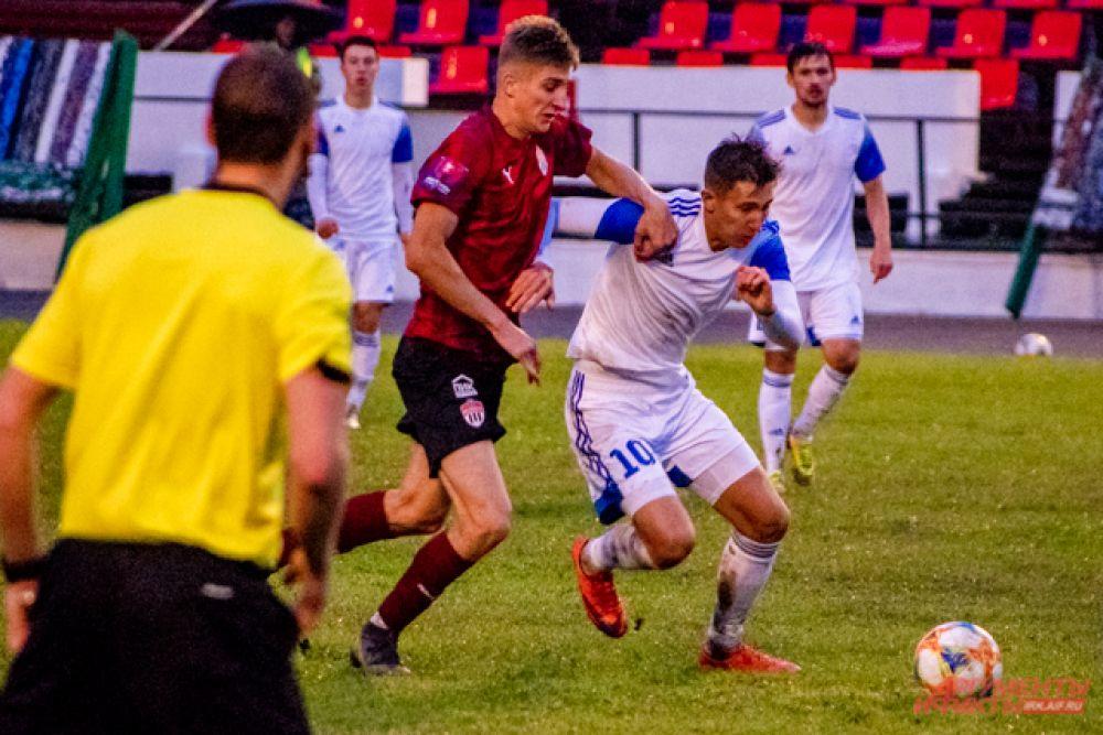 15 сентября на стадионе «Труд» в Иркутске прошёл первый матч элитного группового этапа «Бетсити Кубка России по футболу».