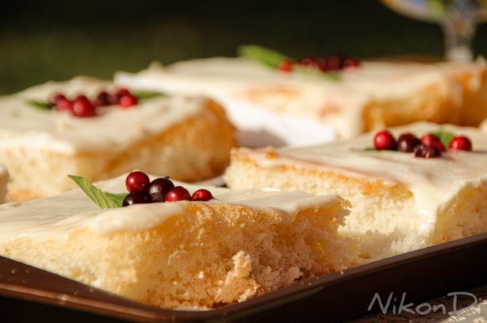 Традиционные пироги с брусникой.