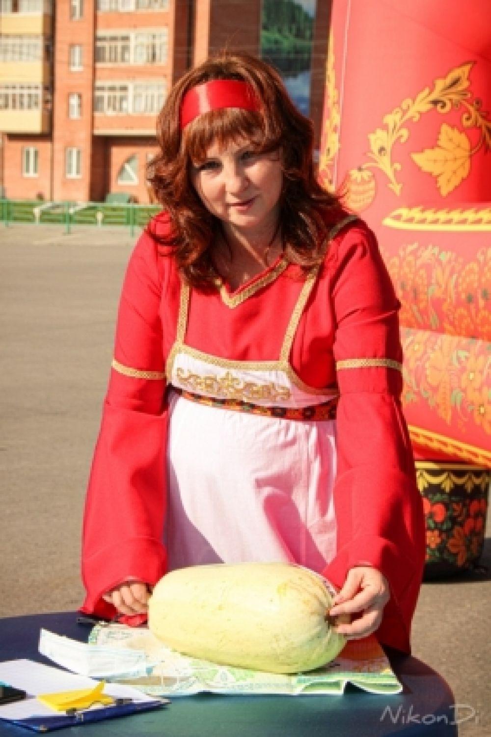 В рамках мероприятия прошёл конкурс на самый большой кабачок.