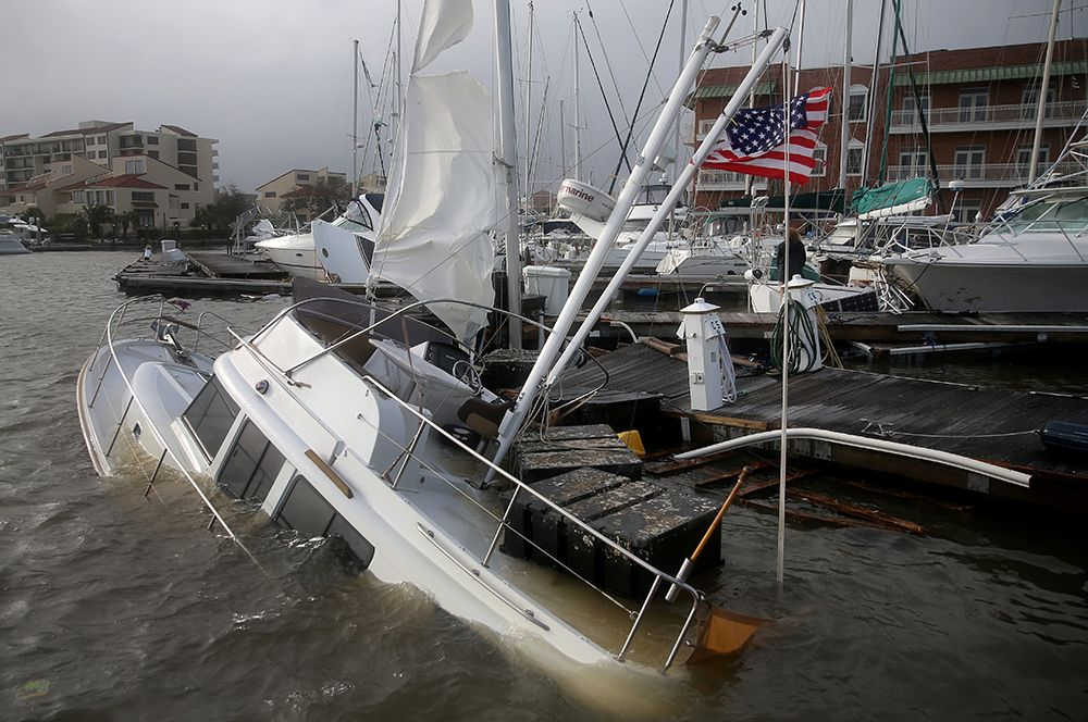 Набережная в Пенсаколе после урагана, Флорида.
