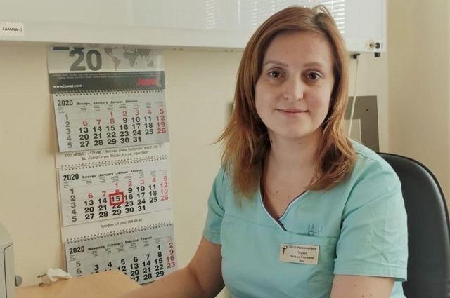 Неонатолог отделения реанимации и интенсивной терапии новорожденных.