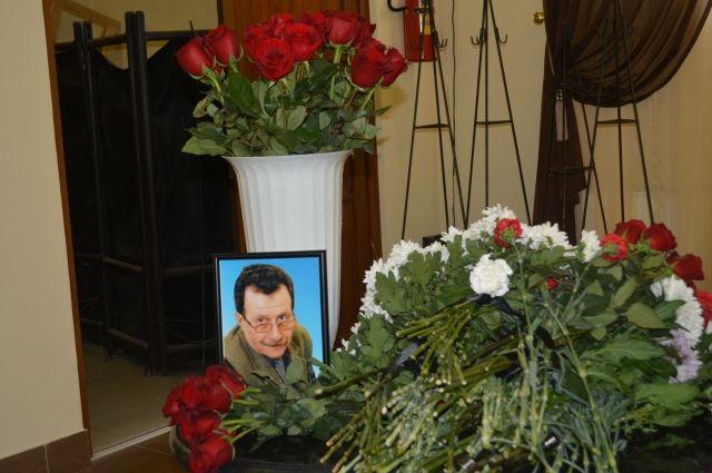 После продолжительной болезни на 77-м году жизни скончался Николай Бакшевников.