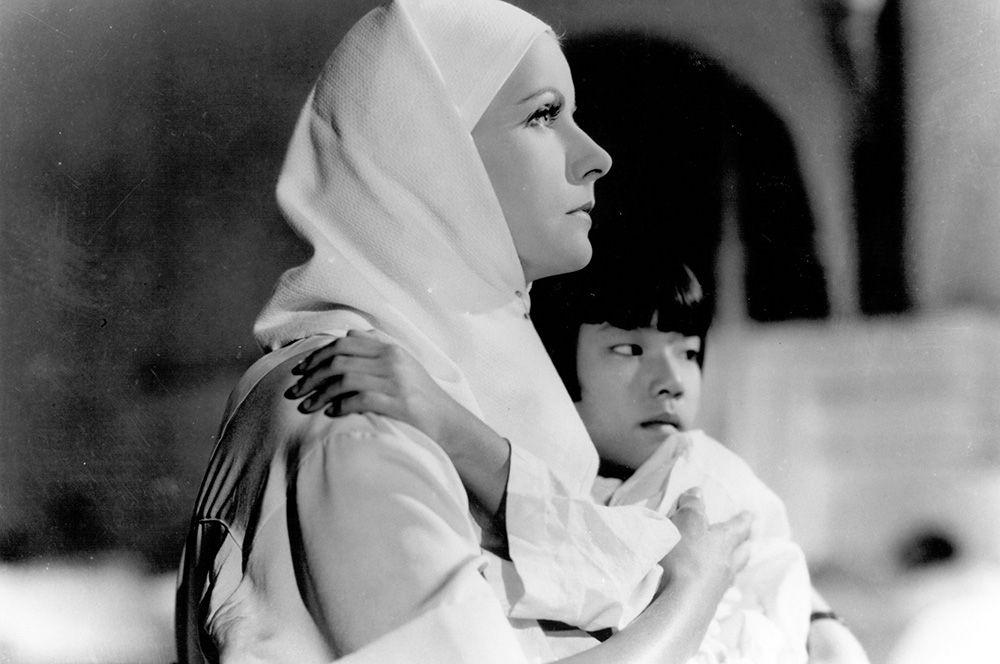 «Разрисованная вуаль» (1934) — Кэтрин Фейн.