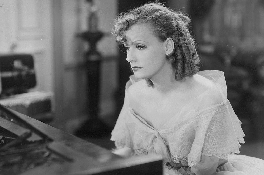 «Роман» (1930) — Рита Каваллини.
