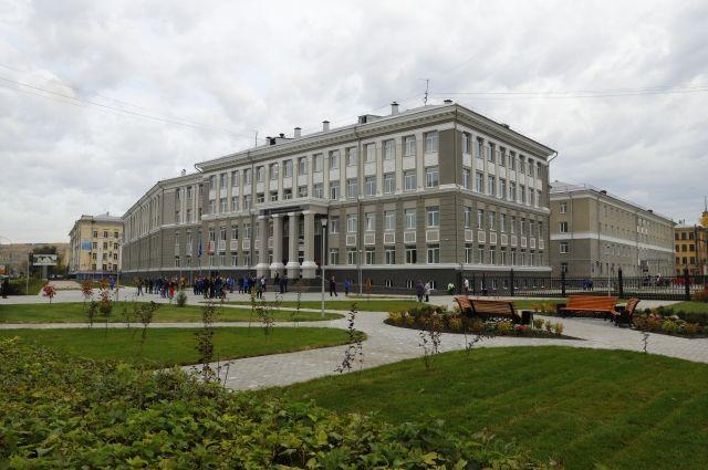 На масштабную реконструкцию из областного бюджета выделили 330 млн рублей.