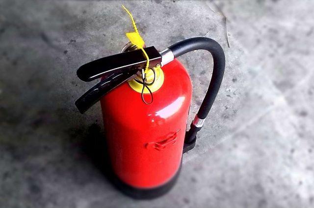 В Оренбурге 19 пожарных тушили наземный гараж на Шоссейной.