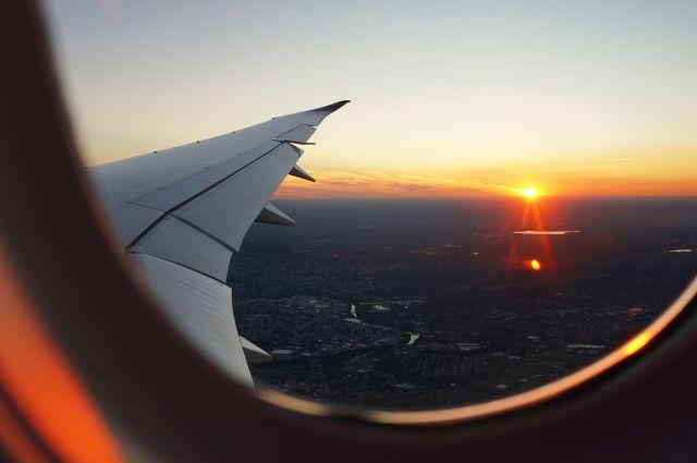 Самолёт вернулся в Москву.