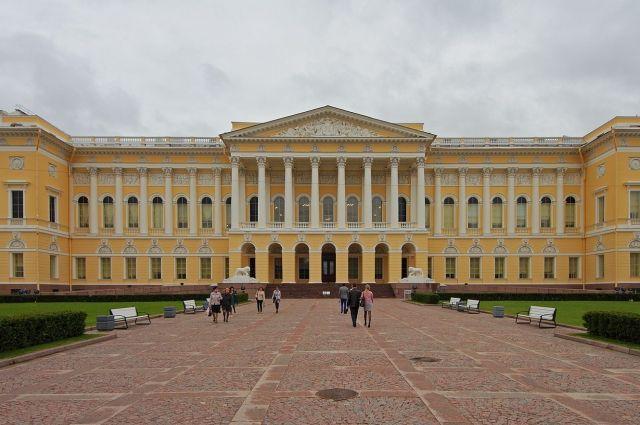 Их работы выставляются в Русском музее наряду с мировыми шедеврами.