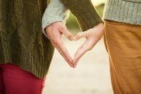 Отношения всегда требуют взаимопонимания, уважения и честности.