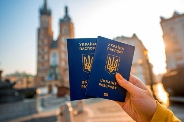 Украина не получала сигнала от Евросоюза по пересмотру безвиза, - МИД